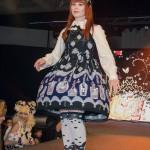anime_matsuri_2013_lolita_fashion_show_39