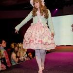 anime_matsuri_2013_lolita_fashion_show_54