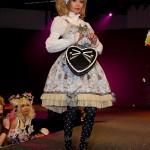 anime_matsuri_2013_lolita_fashion_show_61