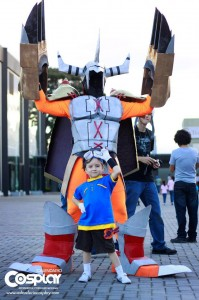 Luis Fernando López Álvarez and Andrey Agustín Ramírez López as Wargreymon and Tai from Digimon Adventure.