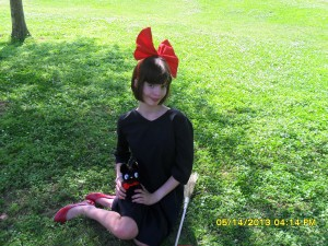 AnimeSecrets Halloween Cosplay Contest 2013 - Entry 05 - Kiki from Kiki's Delivery Service