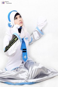 Snow Hatsune Miku Hijab Version